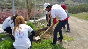 Gönüllü Üniversitelilerden Otistik Çocuklara Destek