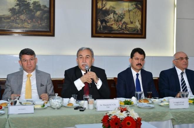 Adana'da Seçim Bilgilendirme Toplantısı