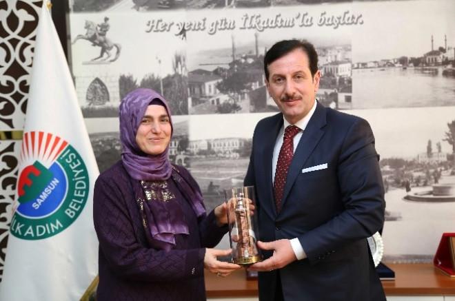 Başkan Tok, AK Parti'li Kadınları Ağırladı