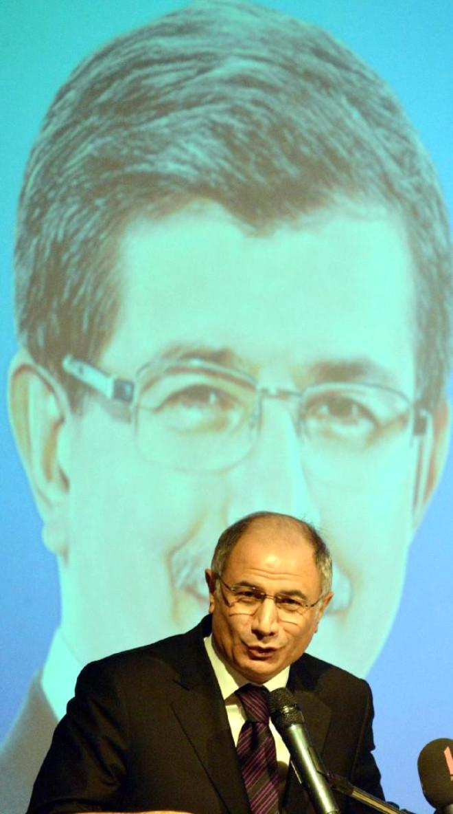 Efkan Ala: Anayasa Değişikliği ile Ayağımızdaki Prangaları Toprağa Gömeceğiz