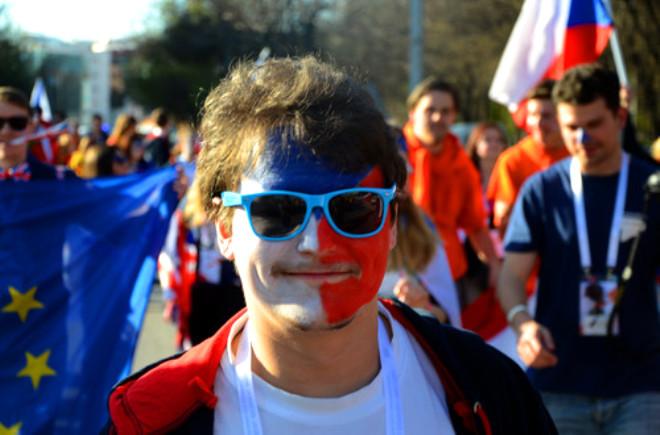Erasmus Öğrencilerinden Renkli Yürüyüş