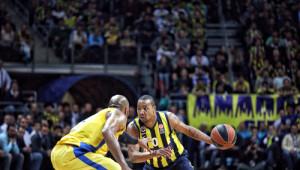 Fenerbahçe Ülker, Seriyi 2 - 0 Yaptı