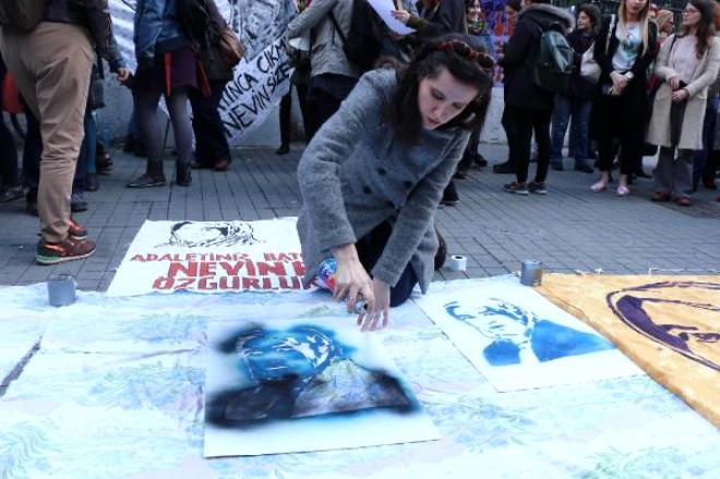 Tecavüzcüsü'Nü Öldüren Nevin Yıldırım İçin Feminist Sanatçılardan Eylem