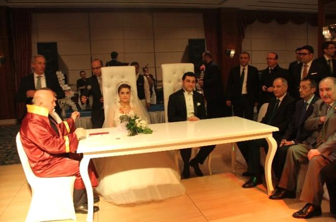Ala Memleketi Erzurum'da Nikah Şahidi Oldu