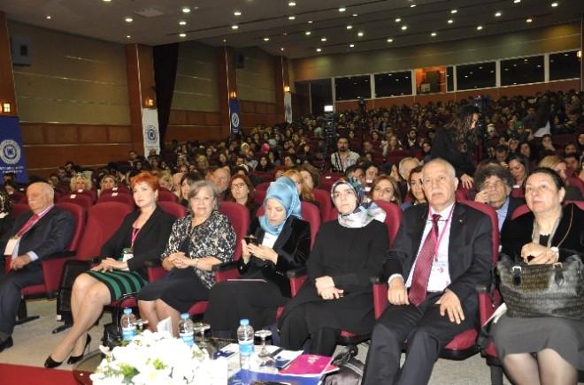 Bakan Yardımcısından Kadınlar İçin İstiklal-istikbal Yorumu