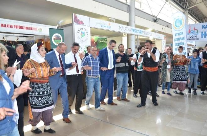 Bursa'da Düzenlenen Fuarda Yeşilyurt Belediyesi Rüzgarı Esti