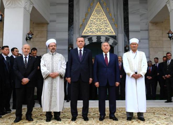 Cumhurbaşkanı Erdoğan Kazakistan'da Cami Açılışı Yaptı