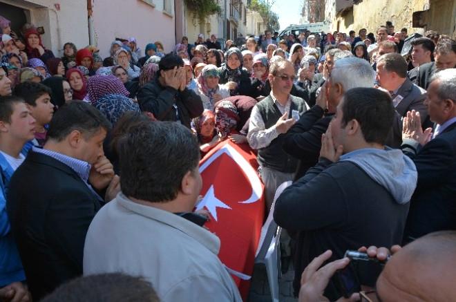 İspanya'da Hayatını Kaybeden Serdar Son Yolculuğuna Uğurlanıyor