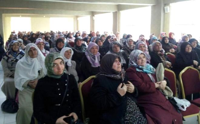 Kadışehri İlçesinde Bayanlara Yönelik Konferans