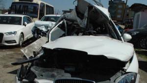 Tır'a Çarpan Otomobildeki 3 Üniversiteli Öldü (2)