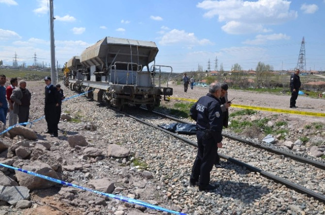 Yük Treninin Çarptığı Yaşlı Adam Hayatını Kaybetti