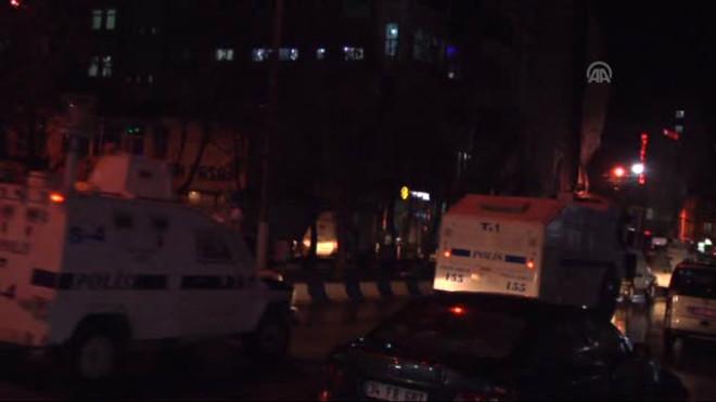 Yüksekova'da Ambulansa Molotoflu Saldırı