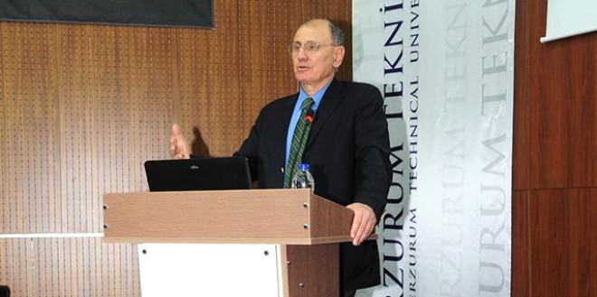 Etü'de 'Mühendislik Etiği' Konferansı