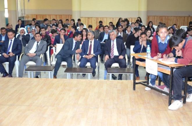 Viranşehir'de Okullar Arası Bilgi Yarışması Düzenlendi