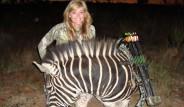 ABD 'li Avcının Çektirdiği Fotoğraflar Eleştiri Topluyor