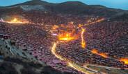Ünlü Fotoğrafçı Tibet'deki Budist Okulunu Görüntüledi