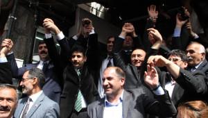 Ardahan'da AK Parti Milletvekillerine Coşkulu Karşılama