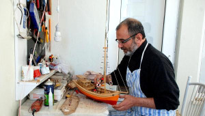 Artist Osman' Maket Tekne Ustası Oldu