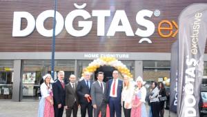 Avrupa'nın En Büyük Türk Mobilya Mağazası Açıldı