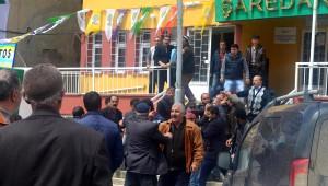 Şeyh Said'in Torunu AK Parti Adayı Fırat'a Sopalı Saldırı