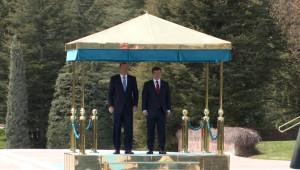 Başbakan Davutoğlu, Avustralya Başbakanı Abbott'u Resmi Törenle Karşıladı