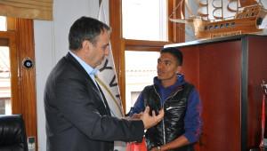 Başkan Gençer'sen Balkan Şampiyonlarına Altın