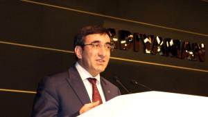 Kalkınma Bakanı Yılmaz'dan, İş Dünyasına Çözüm Süreci Çağrısı