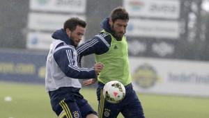 Fenerbahçe'de Eskişehirspor Hazırlıkları Yağmur Altında Sürdü