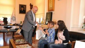 Kardeş Şehir Bitlis'in Çocukları Süleymanpaşa Çocuk Şenliği'nde