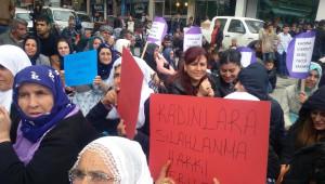 Siirt'te Kadın Cinayetleri Protesto Edildi