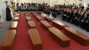 Göçmen Faciasında Ölenler İçin Cenaze Töreni