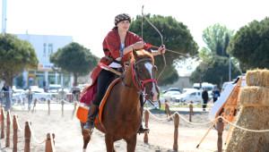 Balıkesir'de Uluslararası Altın Ok, Okçuluk ve Savaş Sanatları Festivali Başladı