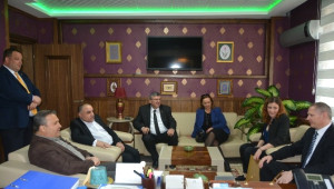 Başkan Çerçi Yabancı Konukları Ağırladı