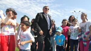 Dünya Çocukları İzmit Sekapark'ta Eğlendi