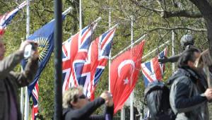 İngiltere'de Gelibolu İçin Görkemli Tören...