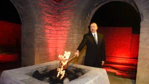 Aliyev, Bakü 2015 Avrupa Oyunları Meşalesi Yaktı