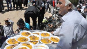 Kahta'da 3 Bin Kişilik Kutlu Doğum Yemeği Verildi
