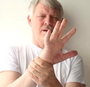 uyurken ellerin uyusmasinin sebepleri