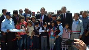 Buca Belediyesi, Kesmetepe Belediyesine Yardım Elini Uzattı