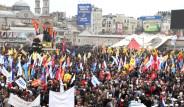 Taksim'in Serbest Olduğu Son 1 Mayıs Görüntüleri