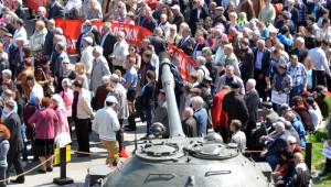 Kiev'de Yer Verilmeyen Komünistler Vatan Ana'nın Kucağına Sığındı