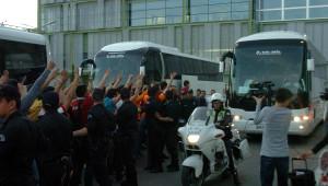 Aslan'a İzmir'de Yoğun İlgi