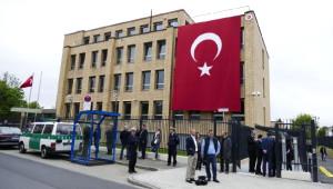 Başbakan Davutoğlu, Düsseldorf Başkonsolosluğu'nun Yeni Hizmet Binasının Açılışını Yaptı