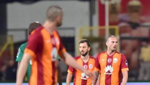 Akhisar Belediyespor - Galatasaray Fotoğrafları