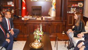 Azeri Milletvekili Paşayeva Afşin'de Ermeni Meselesini Anlattı