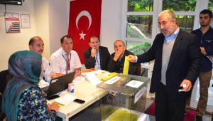 Avusturya'daki Türkler Sandık Başında