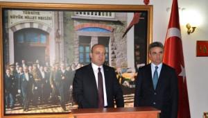 Başbakan Yardımcısı Akdoğan, Vali Baruş'u Ziyaret Etti
