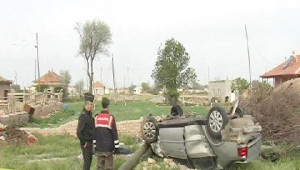 Konya'da Şarampole Yuvarlanan Araçta 2 Kardeş Öldü