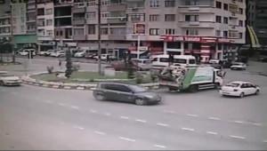 Gelin Aracının Peşinden Koşan Çocuğa Otobüs Çarptı