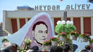 Aliyev'in Doğum Günü, Azerbaycan'da 'Gül Bayramı' Olarak Kutlanıyor